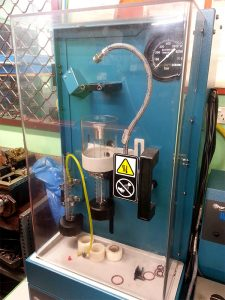 photo of common rail fuel injector testing